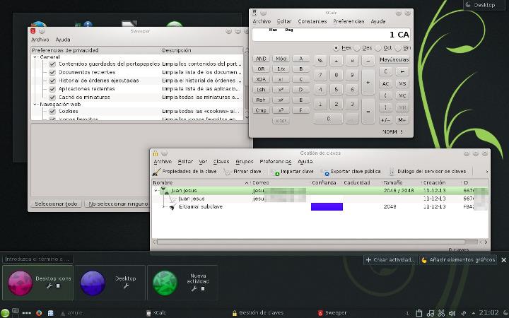 Escritorio KDE con algunas ventanas abiertas